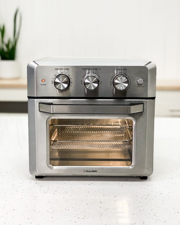 Smart Air Oven Front with light on
